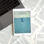 Il romanzo dell'anno, Giorgio Biferali, Nave di Teseo, Romanzo, amore, realtà, Italia, mondo, incidente, finale a sorpresa, emozionante, cover blu, computer, libro da scrivere, libro, Recensione, Storia d'amore