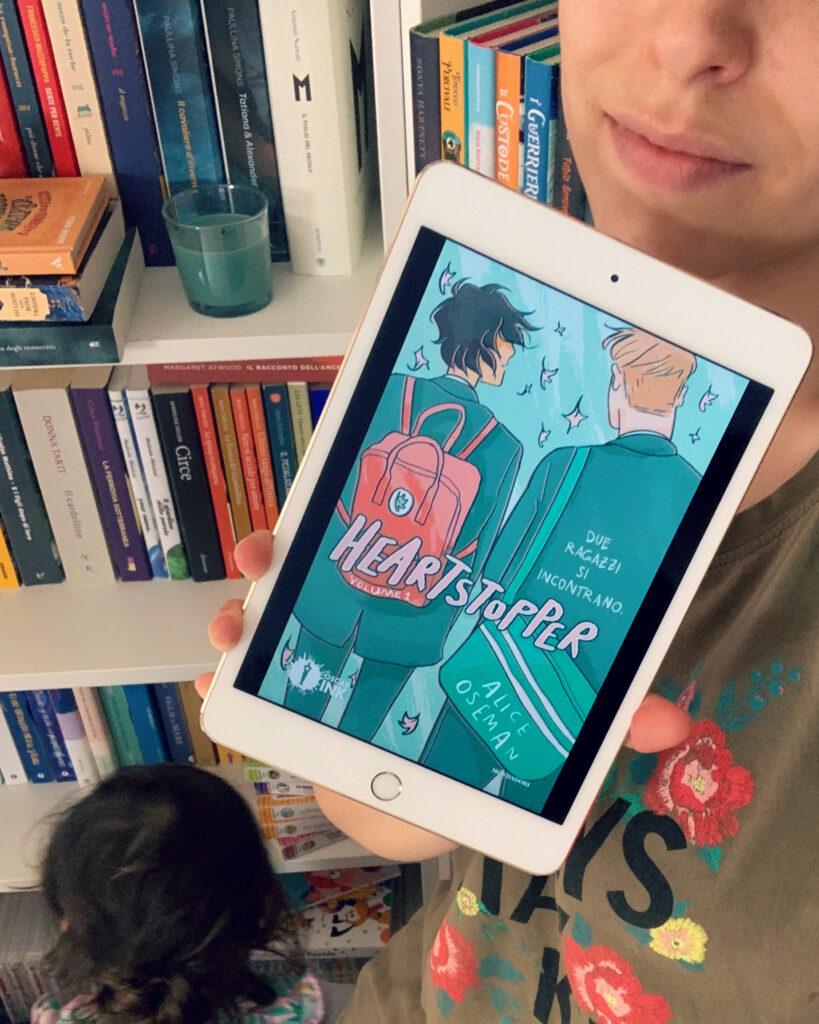 Heartstopper, Alice Oseman, Oscar Ink, Mondadori, comics, fumetto, lgbt, volume 1, adolescenti, scuola, coming out, identità, amore, amicizia