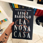 La nona casa, Leigh Bardugo, Horror, Fantasy, Stephen King, Grishaverse, Alex Stern, Sei di corvi, Il regno corrotto, Yale, college, omicidio, mistero, magia, review party, recensione