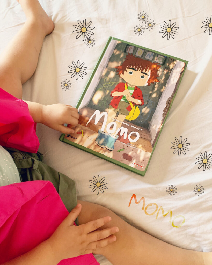 Momo, tenue, jonathan Garnier, Rony Hotin, graphic novel, nonni, lontananza, infanzia, adolescenza, primi amori, disegni
