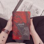 Spark, Alice Broadway, Rizzoli, Fantasy, Ink, Young adult, recensione negativa, libro brutto, noioso, copertina rossa, tatuaggi, protagonisti, ragazzi